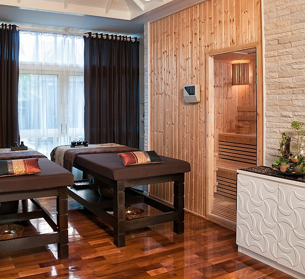 Spa Suite With Steam Room & Sauna